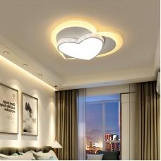 LED Schlafzimmer Licht weiß Deckenleuchte 45W dimmbare herzförmige Leuchte modernes Design Deckenleuchte kreative Metall Acryl Kronleuchter Küchenleuchte L50cm * B46cm * H8cm