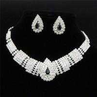 Erschwingliche Hochzeit Schmuck Royal Clear Strass Cascade Ohrringe Silber Halskette Set