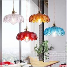 Nostalgische Lampen und Laternen Wohnzimmer Esszimmer Bartheke Schlafzimmer Messing Glas Kronleuchter im Retro-Stil